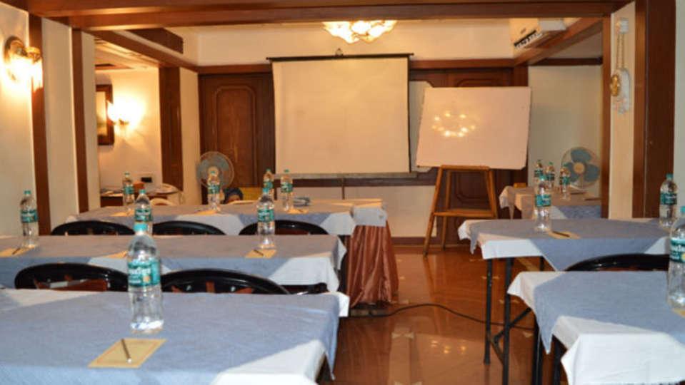 Area 506 Hotel Kohinoor Executive Deccan Gymkhana Pune 1