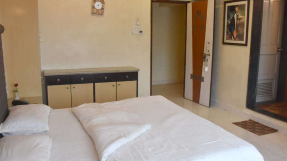 Deluxe Rooms at Kohinoor Highway - Dapoli Maharashtra 6