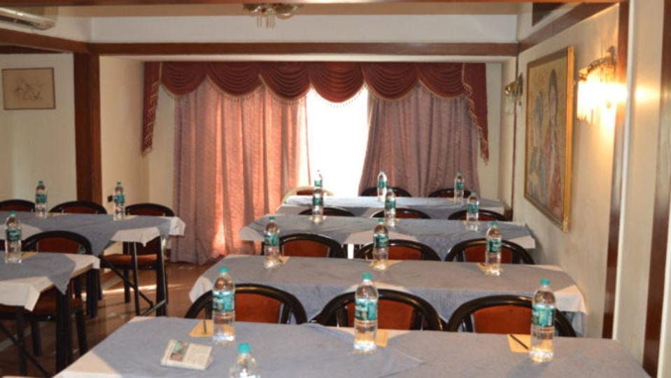 Area 506 Hotel Kohinoor Executive Deccan Gymkhana Pune 2