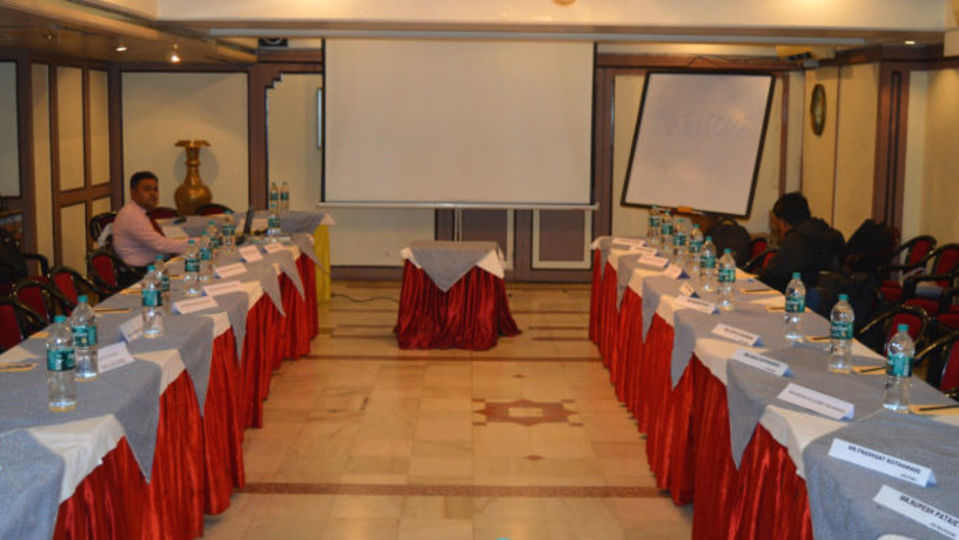 Durbar Hotel Kohinoor Executive Deccan Gymkhana Pune 3