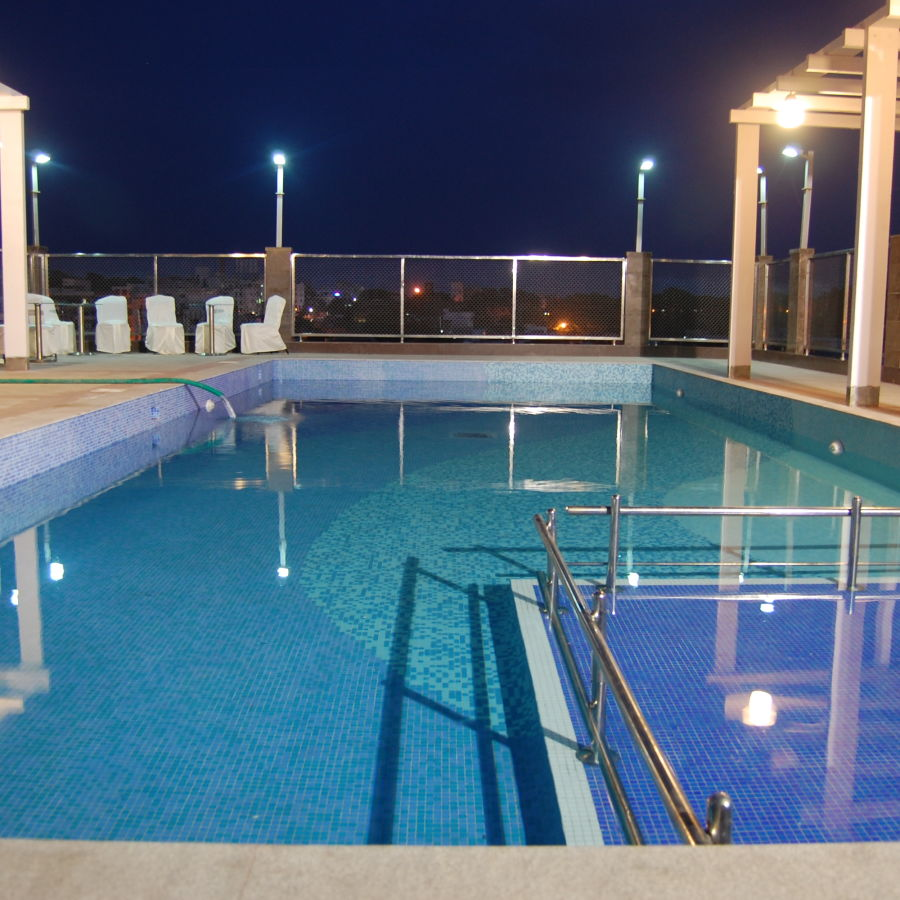 alt-text Swimming Pool at Hotel Daspalla Visakhapatnam 2