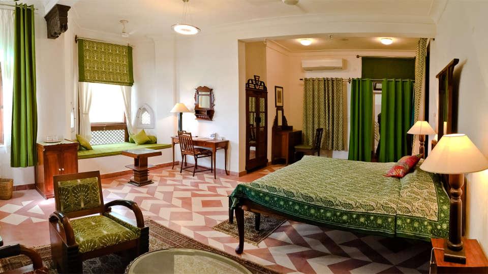 Neemrana Fort Palace Neemrana Jatayu Mahal Hotel Neemrana Fort Palace Neemrana Rajasthan