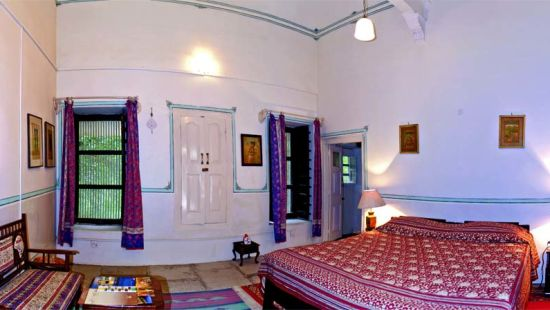 Red, The Piramal Haveli, Shekhavati Hotel 1
