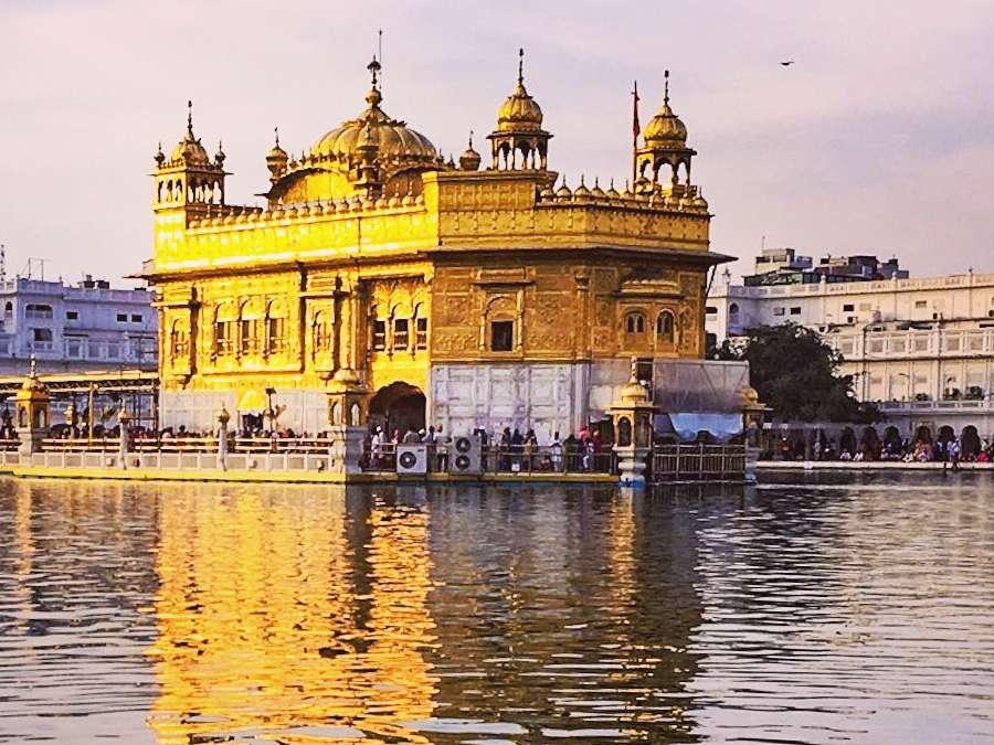 Darbar sahib (Golden Temple) nearest hotel is Evoke Avaas Lifestyle