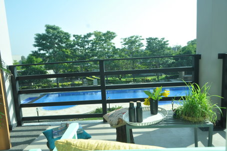Pool View Suite 2