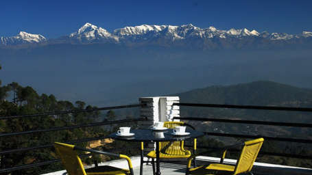 Sun n Snow Inn Hotel Kausani Kausani Sun n snow-terrace Sun n Snow hotels in Uttarakhand, resorts in uttarakhand, hotels in kausani 555