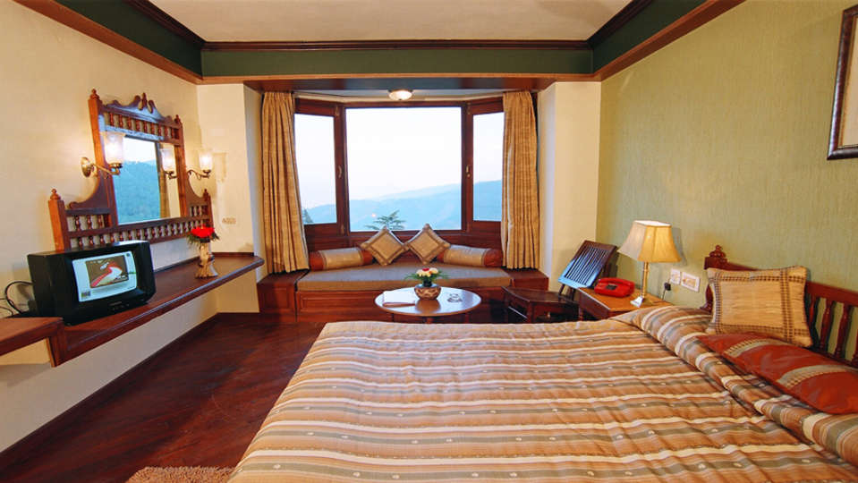 Sun n Snow Inn Hotel Kausani Kausani Suite Room Sun n Snow Inn Hotel Kausani