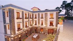 Sun n Snowhotels in kausani, Uttarakhand hotels, kausani hotels 22222222222222