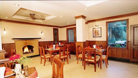Sun n Snow Inn Hotel Kausani Kausani Garden Restauranthotels in kausani, Uttarakhand hotels, kausani hotels 996696