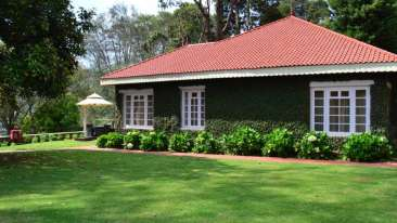 Cottages hotel rooms in Kodaikanal, Cottages at The Carlton Hotel, Cottages in Kodaikanal, Holiday in Kodaikanal 6