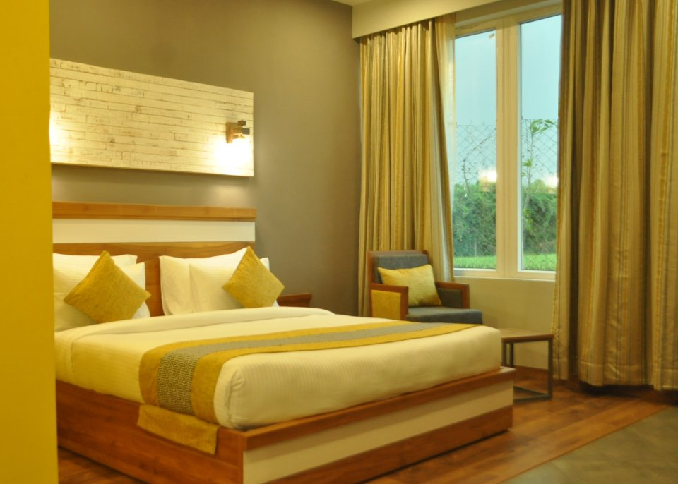 Pool View Suites, The Golden Tusk, Suites in ramnagar 1