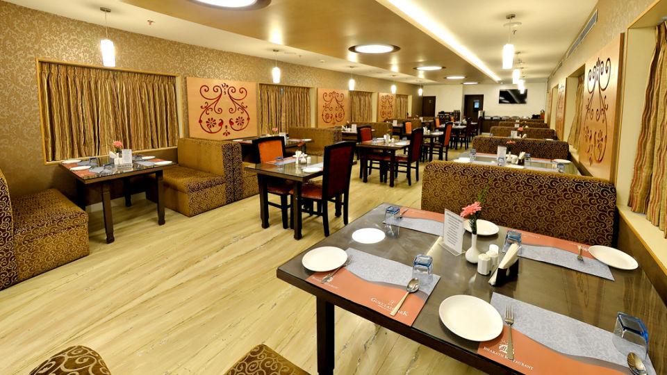 Bharath Restaurant, Hotel Gokulam Park, Chennai, Restaurant In Chennai 1