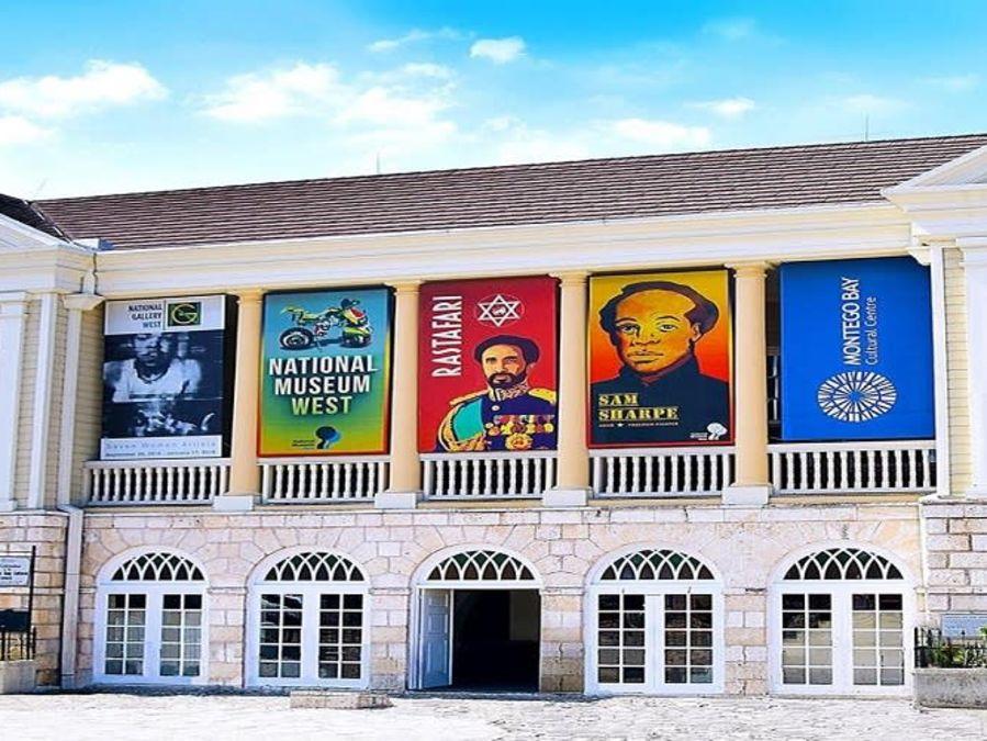 alt-text Mobay-Cultural-Center--by VISIT JAMAICA
