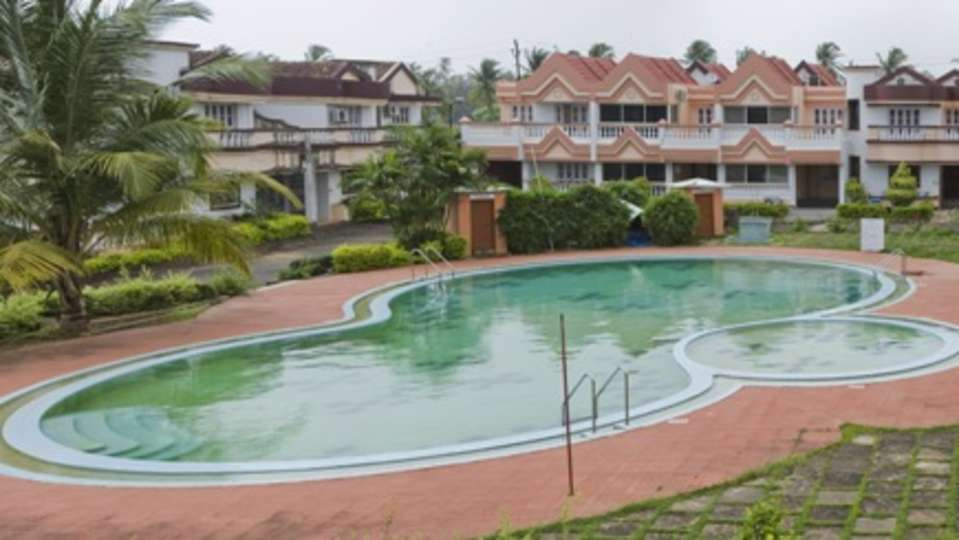 Lotus Beach Resort - Goa Goa Swimming Pool at Lotus Beach Resort Benaulim Goa