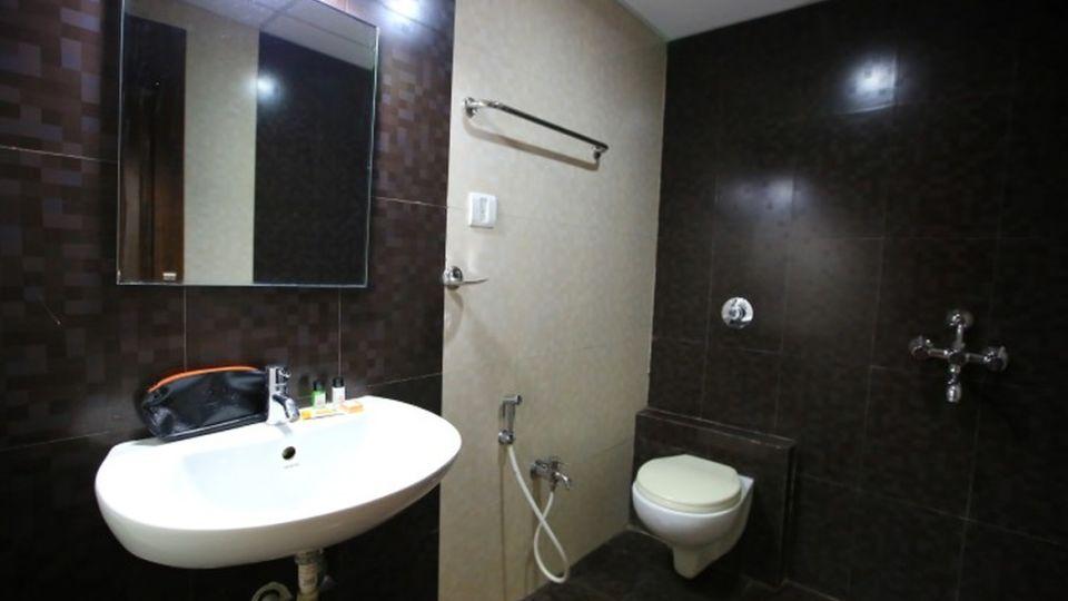 The Signature Inn Hotel, Bangalore Bangalore Deluxe Ac Room The Signature Inn Hotel Bangalore 3