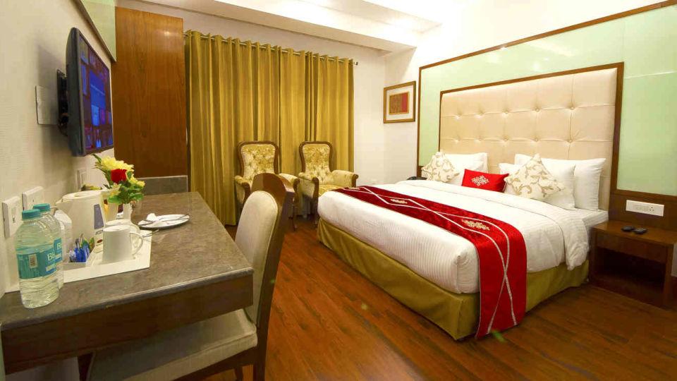 Hotel Swaran Palace, Karol Bagh, New Delhi New Delhi Executive Club Room Hotel Swaran Palace Karol Bagh New Delhi 3