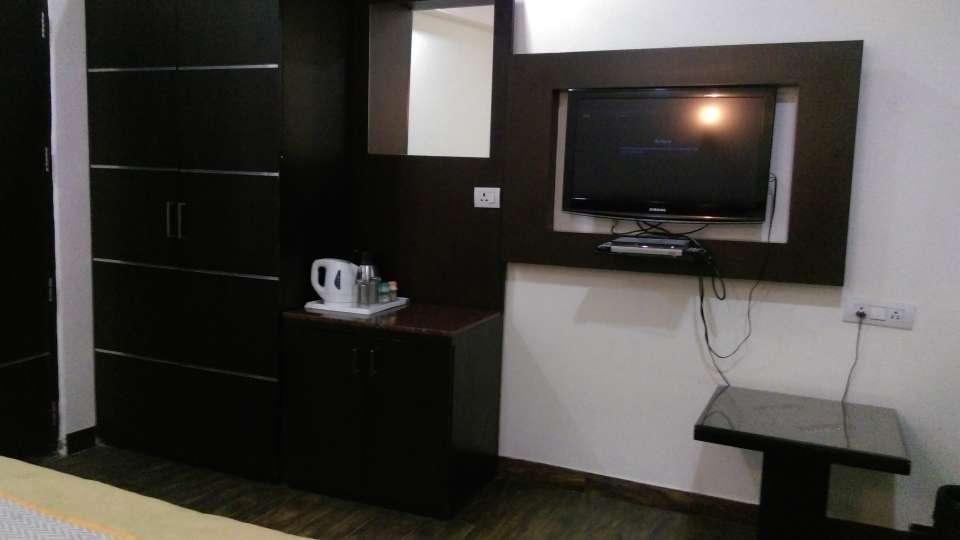 Hotel Aadhar, Gurgaon Gurgaon Deluxe room 2 Hotel Aadhar Gurgaon