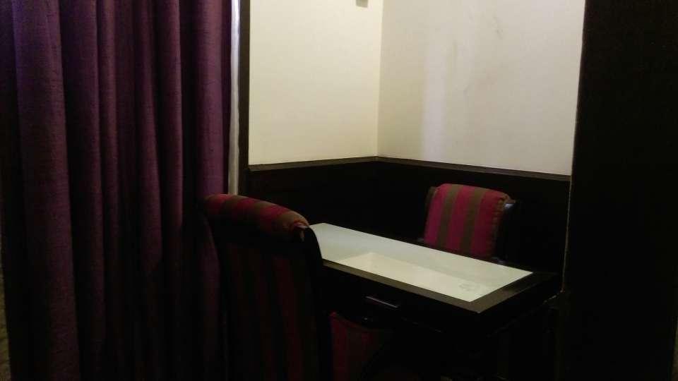 Hotel Aadhar, Gurgaon Gurgaon Suite 1 Hotel Aadhar Gurgaon