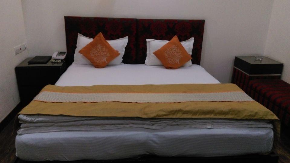 Hotel Aadhar, Gurgaon Gurgaon Deluxe Rooms Hotel Aadhar Gurgaon