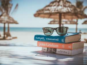 The Bungalows  books-918521 960 720