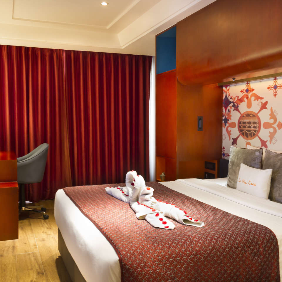 Suites Near Bani Park , Hotel Zone By The Park , Suites In Jaipur 3