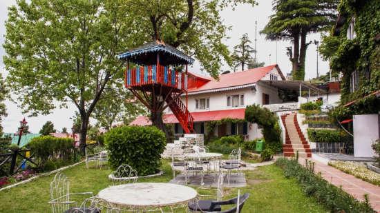 Facade of Alps Resort Dalhousie 2