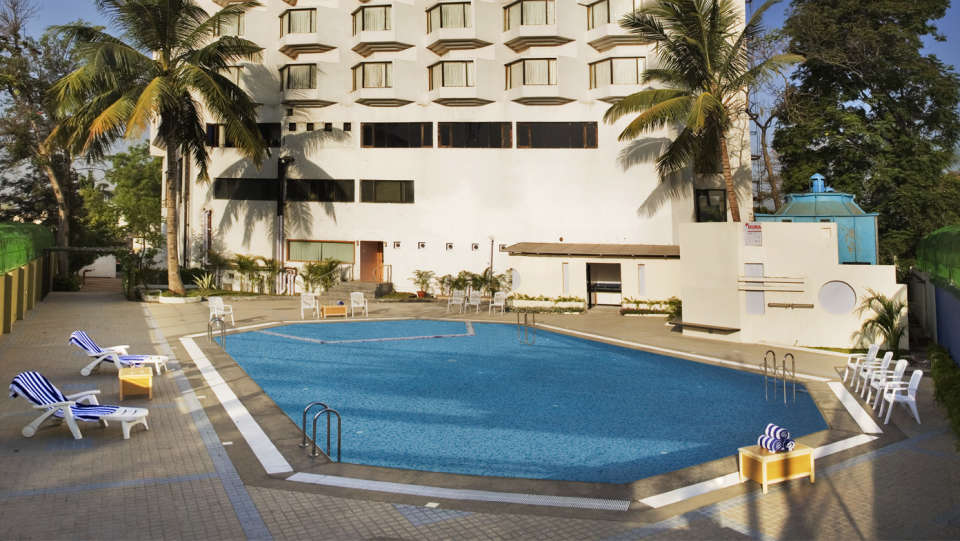 VITS Luxury Business Hotel, Aurangabad Aurangabad Swimming Pool at VITS Luxury Business Hotel Aurangabad