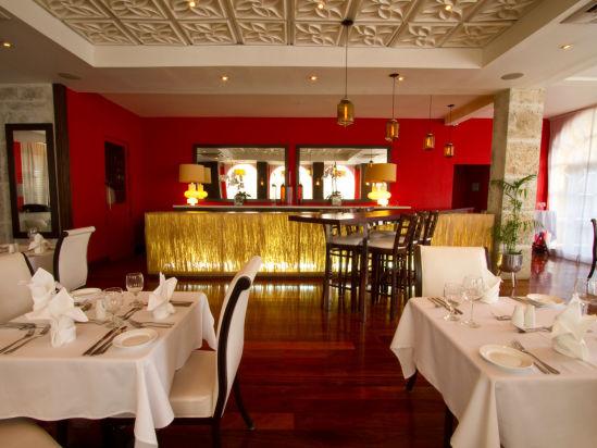 Spanish Court Kingston  Restaurant