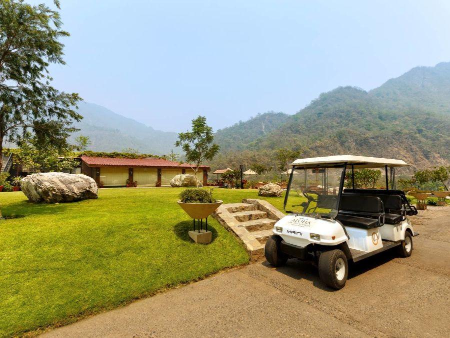 alt-text Golf CartAloha on the Ganges Rishikesh e9cx7q rzb3ke