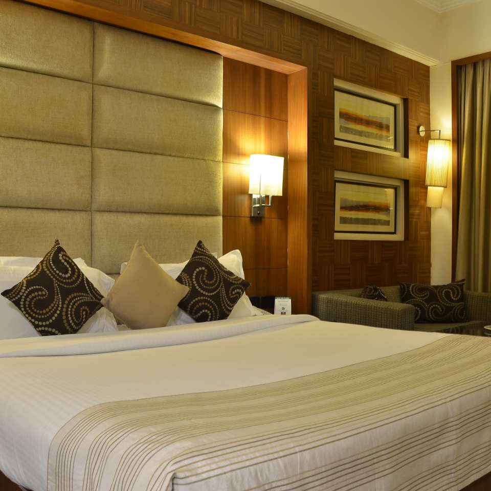 Premium Rooms at The Bristol Hotel Gurgaon, Rooms Near Sikanderpur Metro Station 99