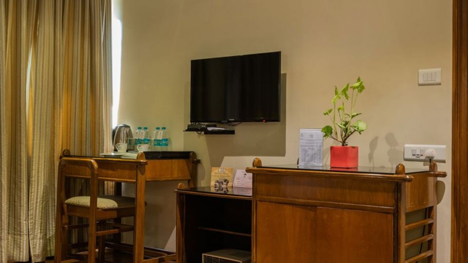 Executive room 6