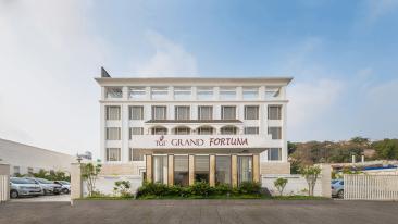 Hotel TGI Grand Fortuna, Hosur Hosur Facade Hotel TGI Grand Fortuna Hosur 3