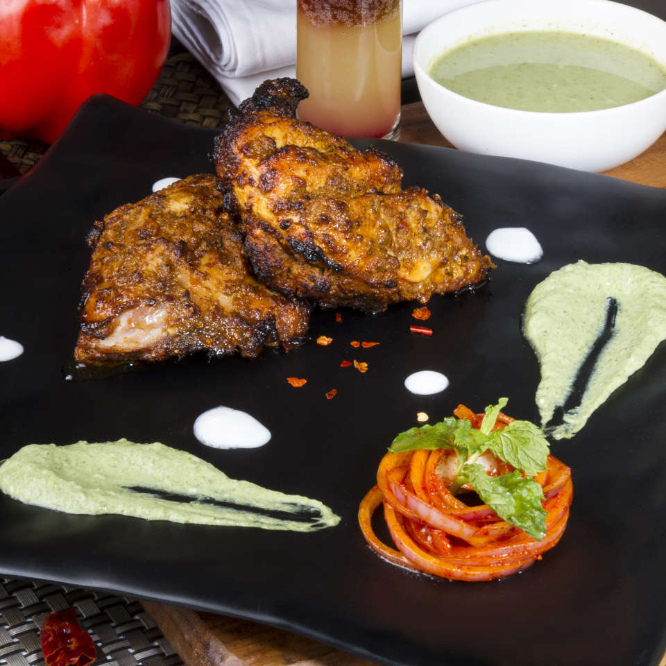 Bazaar , Hotel Zone By The Park , Restaurants In Jaipur 2