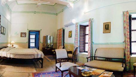 The Piramal Haveli, Shekhavati, the Grey Room in Shekhavati 1