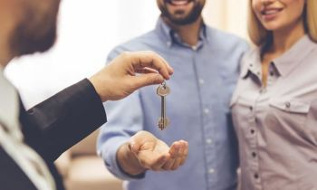 Simply Online obo van der Spuy & Partners, Paarl Western Cape:  What tenants want? | Two things landlords can do to secure good tenants