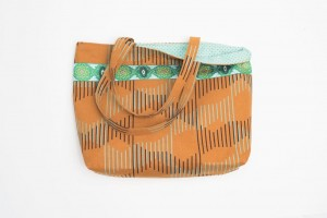 """Basic Tote Bag"" Free Tote Bag Pattern designed & from Singer"