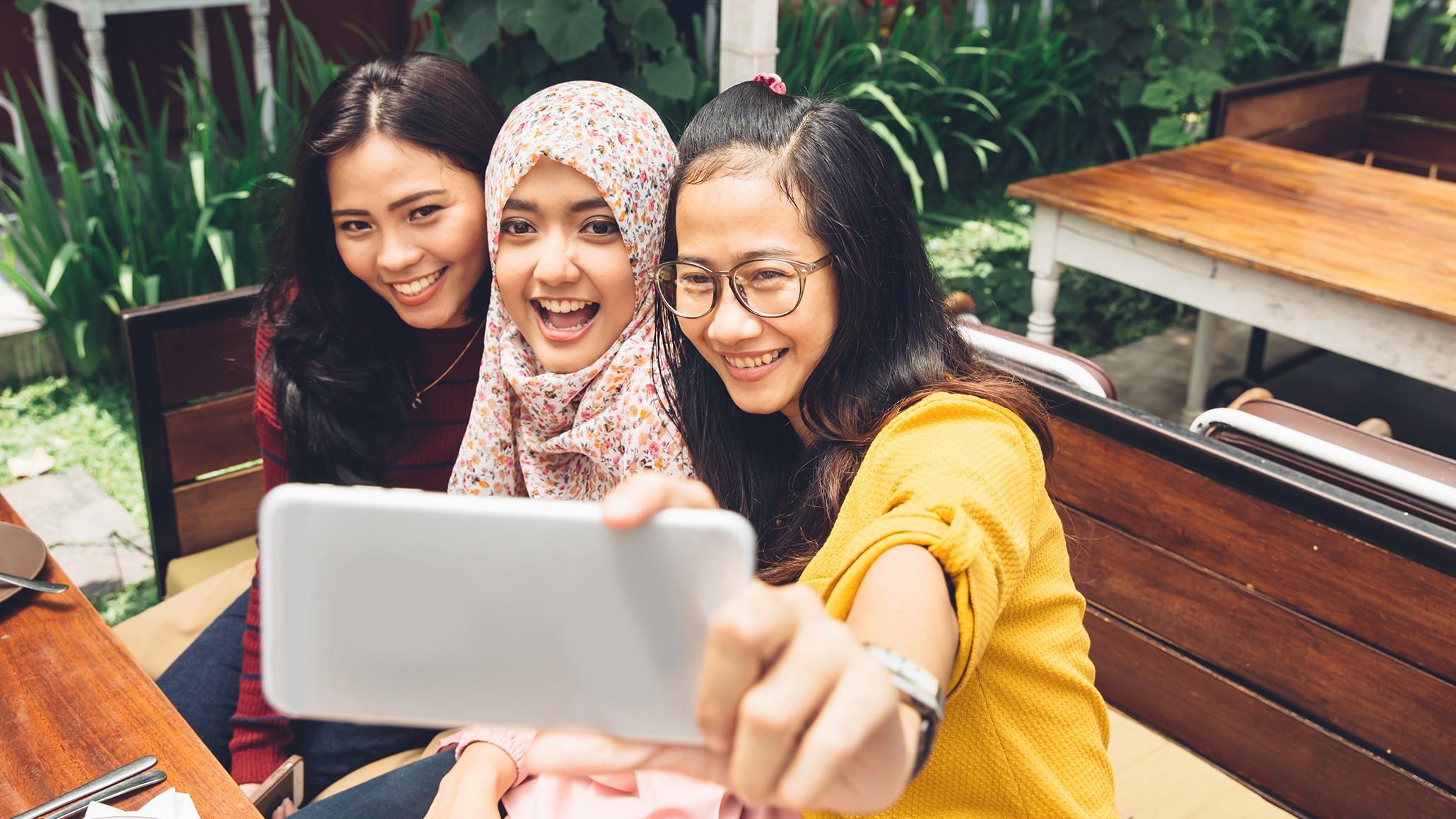 Social Media Makes You Unsocial