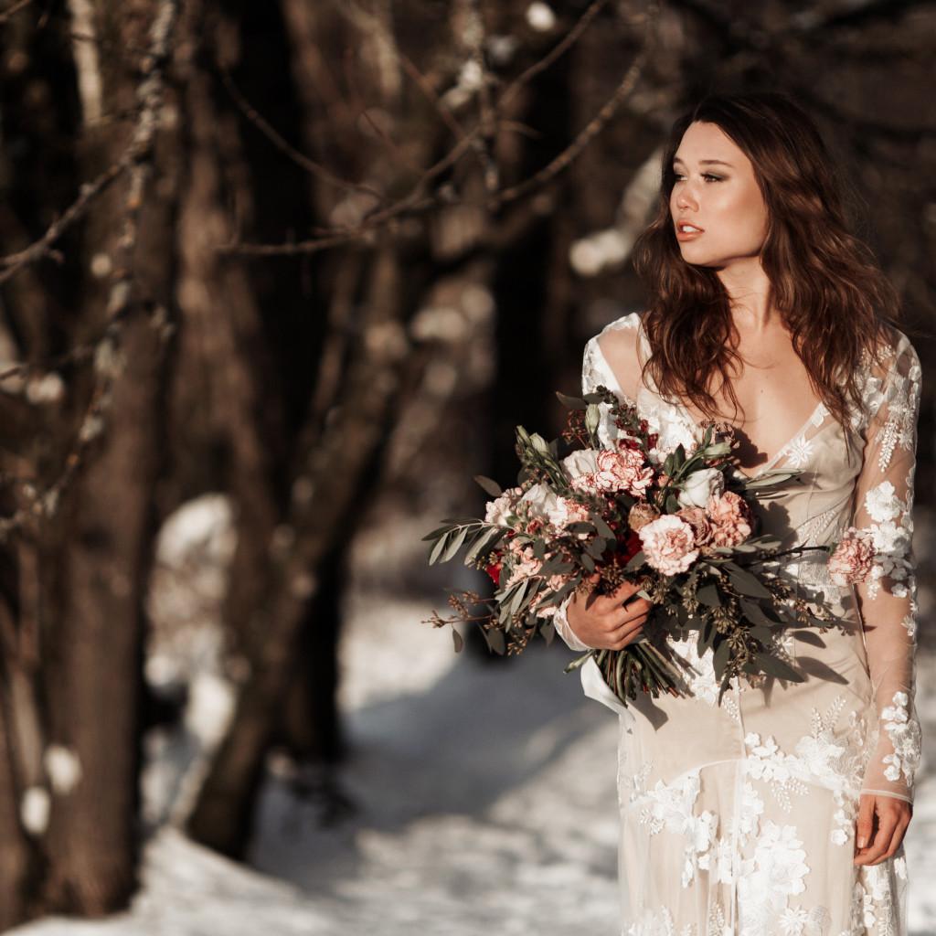 Photography Elizabeth Wells  Florals Rue Anafel Dress Claire La Faye Kelli Thomsen Beauty