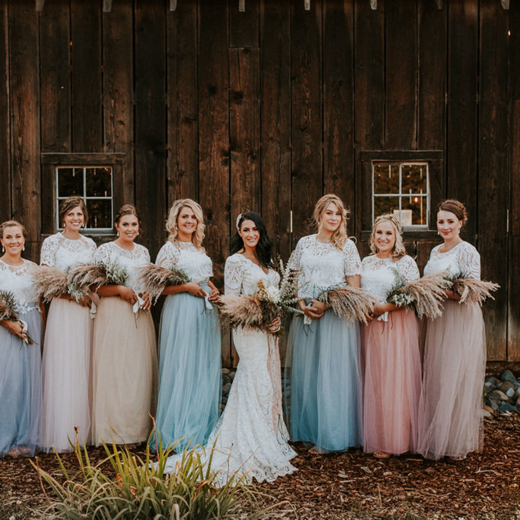 Oregon Bride Featured on Green Wedding Shoes - Rustic Barn Wedding, Columbia River Gorge