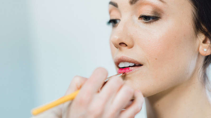 Will your MAKEUP look natural on your wedding day?