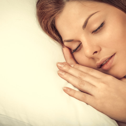 9 Quick and Simple Ways To Get The Best Sleep Of Your Life...Tonight