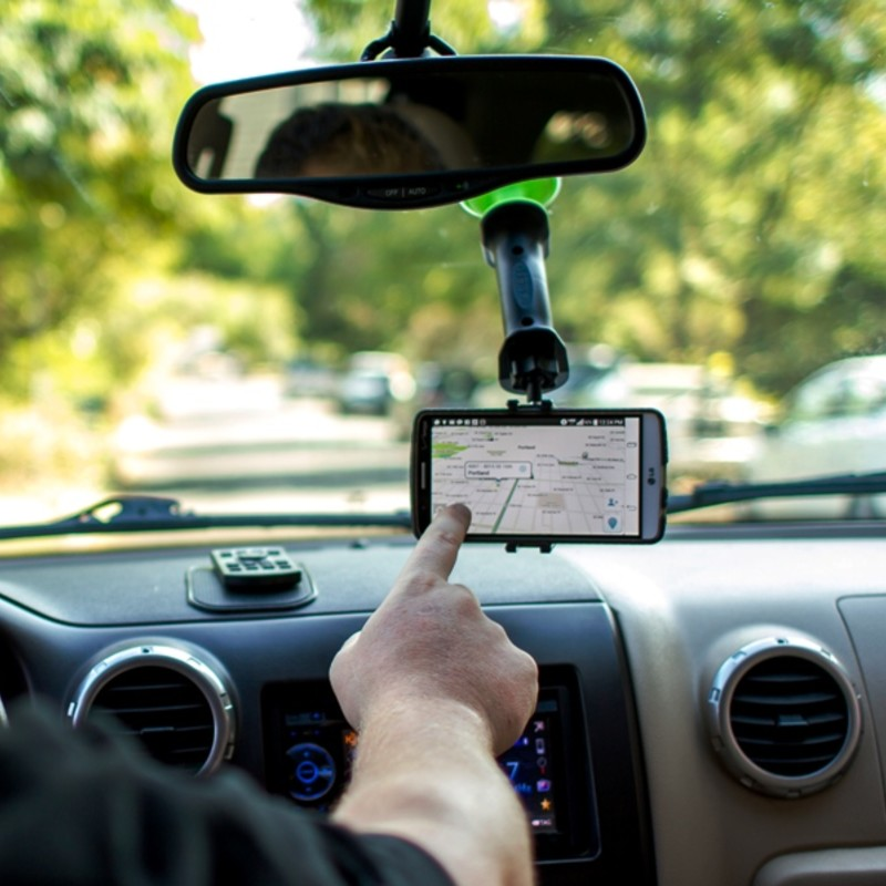 Want a reliable and multi purpose suction mount and stand for your smart phone? Look no further. Gerp is here to save the day. Gerp turns all your favorite navigation apps into heads up convenient and safe displays!