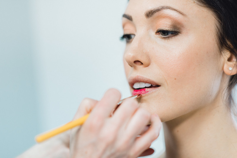 Will your MAKEUP last on your wedding day?