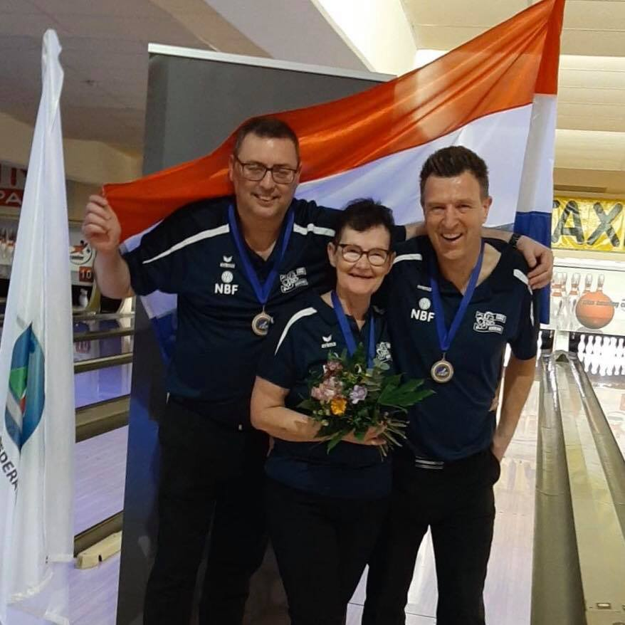 Collega Thienpondt brons in de dubbels op het EK Bowlen!!