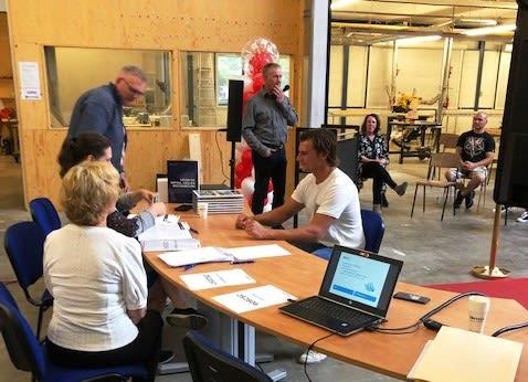 Lars Stegeman geslaagd voor opleiding Betonstaalverwerker