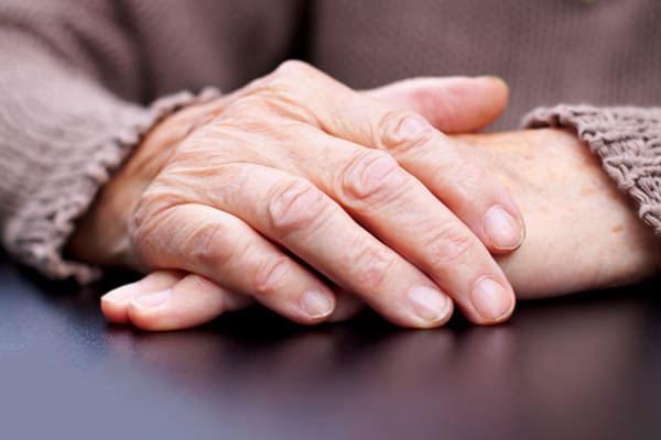 el kırışıklığı tedavisi
