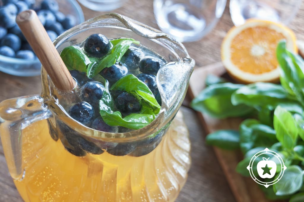 Blueberry-Basil Tea Spritzer