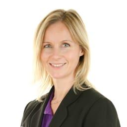 Victoria Lewis - Doctor