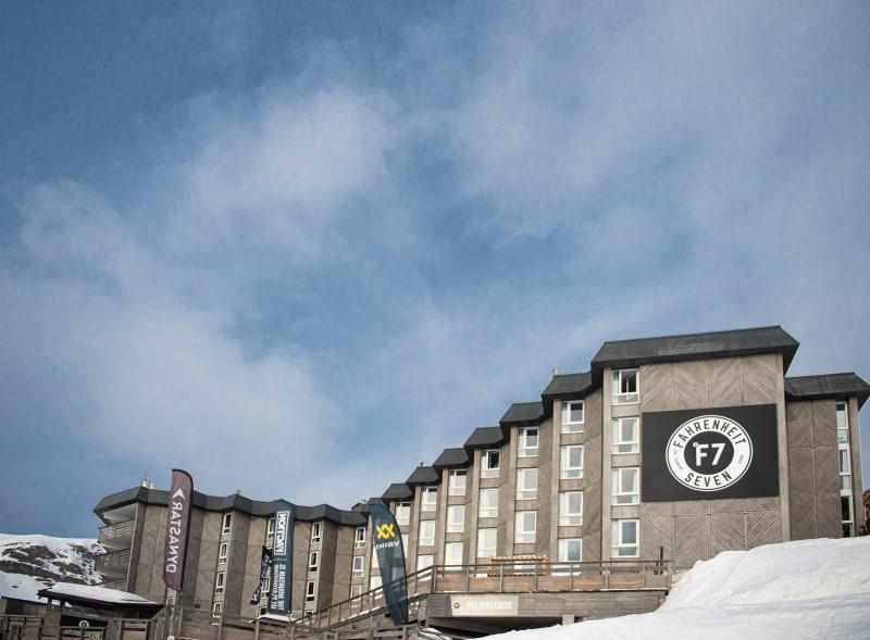 "Hotel ""Fahrenheit Seven"""
