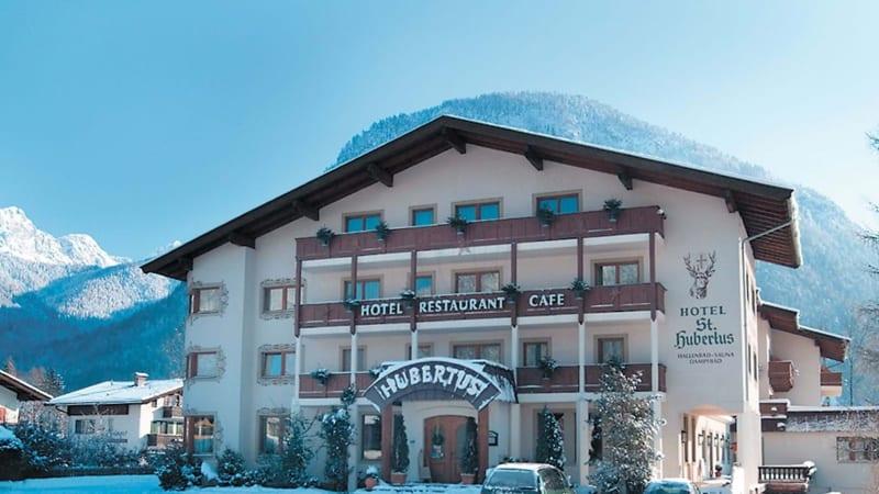 """Hotel """"St. Hubertus"""""""